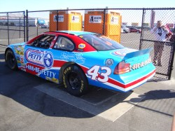Las vegas speedway indy car driving experience for Nascar experience las vegas motor speedway